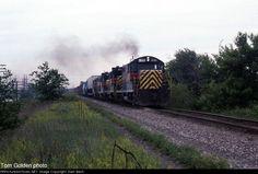 IAIS 400   Description:    Photo Date:  6/2/1992  Location:  Morris, IL   Author:  Tom Golden  Categories:    Locomotives:  IAIS 400(GP7) IAIS 451(GP8) IAIS 401(GP10)