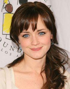 Alexis Bledel Hair Color Formula - All over color:  5N (3oz)  5GD (1oz)  Mix with: 20 vol activator