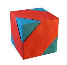 ORIGAMI CONSTRUCTIONS: cube assembly - Tomoko Fuse