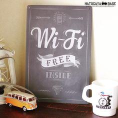 チョークアート風のサインボード【Wi-Fi FREE INSIDE】です。手描きの黒板チョークアートをブリキに印刷したサインボードは、壁に掛けるだけでカフェの雰囲気に。リアルショップはもちろん、カフェインテリアやガーデン,ガレージなどをショップ風に飾るにはピッタリです♪  #wifi #インテリア #おうちカフェ #カフェインテリア #サインボード #Signboard #看板 #アメリカン雑貨 #BASEec #男前 #ビンテージ #チョークアート #黒板 #鳩ヶ谷ベース  http://hatogaya.base.ec/items/4308177