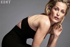 """Akte X""-Star Gillian Anderson: So cool sieht Dana Scully heute aus - STYLEBOOK.de"