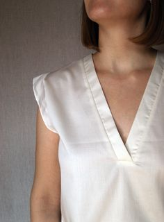 Cotton sleeve blouse / white top for woman / loose blouse for woman / t-shirt / summer shirt / plus size top / boho top / v-neck shirt Kimono Style Dress, Kimono Fashion, Boho Fashion, Linen Tunic, Linen Blouse, Style Clothes, Casual Clothes, Loose Tops, Loose Fit