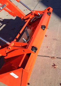 Ken's Bolt on Grab Hooks <<Kubota Hooks>> Kubota Compact Tractor, Compact Tractors, Compact Tractor Attachments, Homemade Tractor, Tractor Accessories, Small Tractors, Kubota Tractors, Outdoor Projects, Great Pictures
