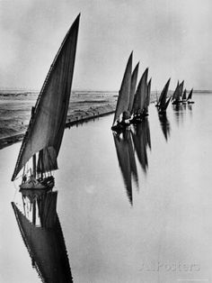 egyptian fishing boats sailing along suez canal near port said, 1935 photo by alfred eisenstaedt Fishing Photography, Vintage Photography, Art Photography, Ansel Adams, Photo Vintage, Foto Art, Photo Story, Futuristic Architecture, Salt And Water