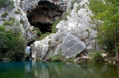 Cave not far from Holiday Home El Toro Blanco - Ronda - Andalucia