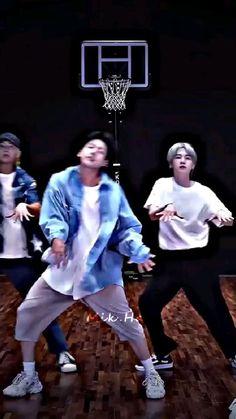 Bts Aegyo, Jungkook Abs, Foto Jungkook, Kim Taehyung Funny, V Taehyung, Bts Dance Practice, Taehyung Photoshoot, Kpop Girl Bands, Bts Lyric