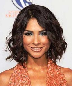6.-Wavy-Short-Hairstyle » New Medium Hairstyles