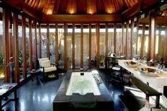 Inspiring Heavenly Resorts In Bali Island: Relaxing Spa Features At The Bulgari Resort Minimalist House Design, Modern House Design, Contemporary Design, Balinese Bathroom, Bvlgari Hotel, Asian Interior Design, Interior Modern, Bad Styling, Washroom Design