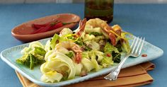 The best Citrus, Cabbage and Prawn Noodles recipe you will ever find. Welcome to RecipesPlus, your premier destination for delicious and dreamy food inspiration. Prawn Noodle Recipes, Shrimp Pasta Recipes, Cabbage Vegetable, Red Chili Peppers, Meal Planner, Food Inspiration, Salads, Stuffed Peppers, Savoy Cabbage
