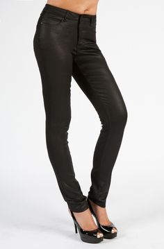 These are the jeans you will love to rock in. Liverpool is inspired by the British Invasion era. You will look hot in these leather-like coated denim jeans. Black Coated Jeans, Black Jeans, Denim Coat, Denim Jeans, Liverpool Jeans, Style Me, Personal Style, Skinny, British Invasion