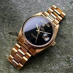 Explore the Rolex number of prestigious, high-precision watches, obtain the best mixing of form and overall performance. Rolex Watches For Men, Luxury Watches For Men, Wrist Watches, Amazing Watches, Beautiful Watches, Unique Watches, Vintage Watches, Vintage Rolex, Men Accessories