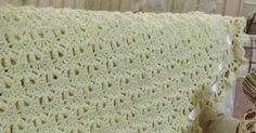 TRABALHOS LINDOS EM CROCHÊ COM RECEITA E PASSO A PASSO Blanket, Christmas Colors, Crocheted Baby Afghans, Crochet Flowers, Crochet Clothes, Tricot, Manualidades, Places, Rug
