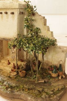 Portales                                                                                                                                                                                 Más Christmas Nativity Scene, Christmas Time, Xmas, Nativity Scenes, Miniature Fairy Gardens, Miniature Houses, Foam Crafts, Diy And Crafts, Fontanini Nativity