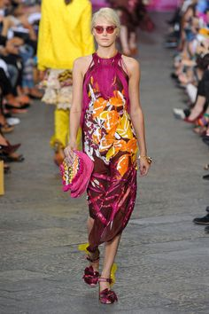 ❀ Beach Floral ❀    Roses & Flowers ❀ Trend for Spring 2012  Grungy Floral Print Halter neck Fringed Burgundy dress .    Missoni Spring Summer 2012 .‎