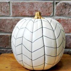 Easy Herringbone Pumpkin