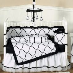 Looking for classic, luxurious bedding for your baby? A black and white nursery will bring style and sophistication to your baby's room.    Whether...