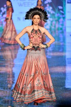 Lakme Fashion Week, Bridal Fashion Week, Yellow Lehenga, Vogue India, 2020 Fashion Trends, Blouse Designs, Getting Married, Fashion Show, Runway
