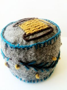Felt Thread Cone Pincushion