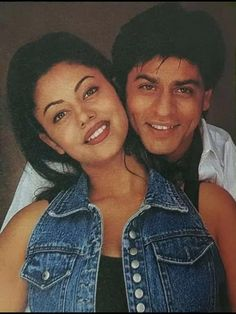 Heart Touching Story, Touching Stories, Shahrukh Khan Family, Shah Rukh Khan Movies, Cute Wallpapers Quotes, King Of Hearts, Aesthetic Movies, Bollywood Stars, Couple Goals