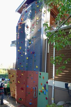 Home Climbing Wall Home Climbing Wall, Rock Climbing, Creative Kids Rooms, Outdoor Ideas, Outdoor Decor, Diy Crafts Hacks, Build Your Own, Towers, Bouldering