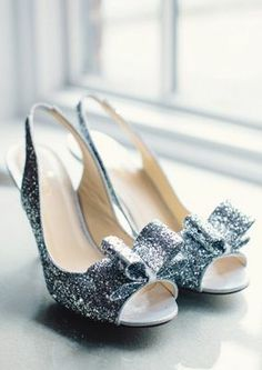 Glitz out in these glamourous peep toe pumps!