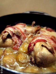 Cailles aux raisins / ♥♥♥♥♥ / Niveau de difficulté : 2/5. Avant de passer aux frimas de l'hiver, voici une recette automnale très facile à réaliser : les cailles aux raisins. Cousines des perdrix, les cailles aiment les raisins dit-on, mais l'inverse est également vrai ! - Lire la recette ici : http://lecoeurauventre.com/ma-petite-caille