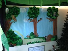 Woodland role play display Role Play Areas, Classroom Displays, Dramatic Play, Eyfs, Woodland, Diy Crafts, Camping, Teaching, School