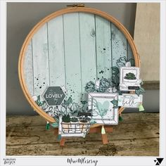 JULIE_0506 Crafts To Sell, Home Crafts, Fun Crafts, Diy And Crafts, Paper Crafts, Mixed Media Scrapbooking, Scrapbooking Layouts, Embroidery Hoop Decor, Creation Deco
