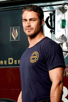 Taylor Kinney has named as Fall TV Star to Watch! I can't wait for @Chicago Fire NBC !!!