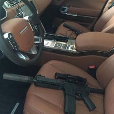 32 Crazy Pictures Posted by Cartel Members. Ar Pistol Build, The Expendables, Rich Kids, Weird Pictures, Expensive Cars, Range Rover, Aston Martin, Luxury Cars, Hand Guns