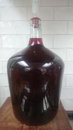 Blueberry Wine 14 weeks Quince Wine Recipe, Berry Wine Recipe, Homemade Wine Recipes, Canning Recipes, Frozen Cherries, Sweet Cherries, Pickled Walnuts, Blueberry Wine, Orange Wine
