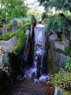 Wasser im Garten, Wasserfall : Asiatischer Garten von japan-garten-kultur