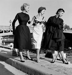 https://flic.kr/p/o84CBa | Dior designs, photo by Mark Shaw, Pont Alexandre, Paris, 1953