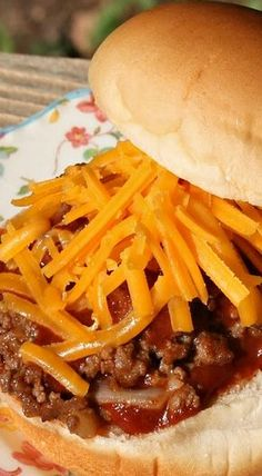 """From about the through the Taco Bell made a Sloppy Joe like sandwich called the """"Bell-Beefer"""". Taco Bell Recipes, Burger Recipes, Mexican Food Recipes, Cat Recipes, Taco Burger, Tacos And Burritos, Sloppy Joes Recipe, Copykat Recipes, Mexican Dishes"""