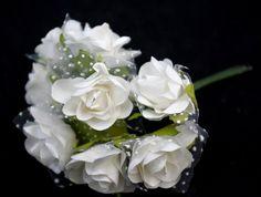 Kytičky růže papírové bílé - 10 ks tyl