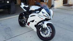 2010 Yamaha R6 #paganihuarya Yamaha R6, Yamaha Motorcycles, Pagani Huarya, Car In The World, Hot Cars, Automobile, Bike, Vehicles, Motorcycles