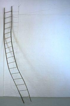 RICHARD WENTWORTH 35°9,32°18 (1985) http://www.tate.org.uk/art/artworks/wentworth-3593218-t07168