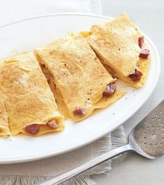 Ham and Cheddar Omelette | Easy Egg Recipes for New Year's Day - Parenting