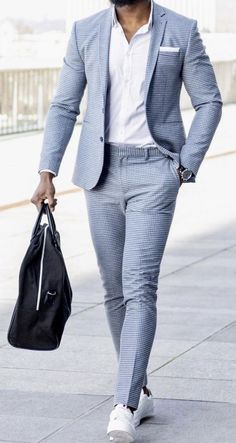 Men's Fashion Trends For 2019 To Wear Right Now Baby blue, summer steez. Blazer Outfits Men, Mens Fashion Blazer, Suit Fashion, Latex Fashion, Fashion Goth, Fashion Trends, Fashion Women, Fashion Styles, Fashion Bags