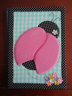 Caderno em Patchwork Embutido! Patchwork Tiles, Patchwork Quilt Patterns, Patchwork Baby, Crazy Patchwork, Quilt Square Patterns, Quilt Patterns Free, Applique Patterns, Styrofoam Art, Pillowcase Pattern