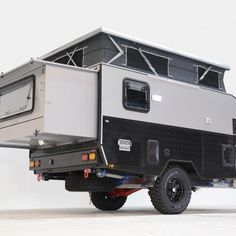 The Classic 12 Caravan is an off-grid, lightweight, pop top caravan that can be stored in most urban garages. Enclosed Trailer Camper, Small Camper Trailers, Teardrop Camper Trailer, Off Road Camper Trailer, Truck Bed Camper, Pickup Camper, Trailer Diy, Small Campers, Overland Truck