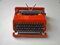 Olivetti Valentine Typewriter by E.Sottsass by BettyHome on Etsy, $360.00