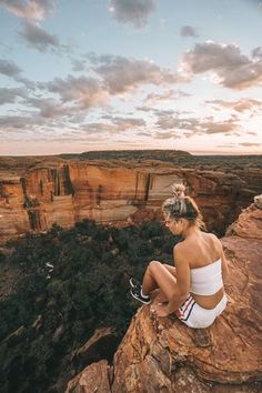 I went on a adventure into the Australian Outback. Not only did I survive but I cam back with some awesome NT photography and outback landscape shots. Travel Photography Tumblr, Photography Beach, Photography Photos, Adventure Photography, Wanderlust Travel, Van Travel, Travel Pictures, Travel Photos, Travel Tips