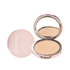 Josie Maran Argan Pressed Powder Natural - This feather-light, translucent powder stops shine in its tracks without making skin feel tight or dry. Use it to bring polish to bare skin, or to help extend the life of concealer and foundation. The innovative formula contains natural, non-toxic ingredients - no fragrances or parabens. One universal shade was created to work with all complexions