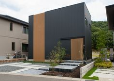 Japanese Modern Ryokan style House / Floor Plan Surrounded by Forest (Minoh City, Osaka Pref. Japan Architecture, Minimalist Architecture, Architecture Design, Arch House, Facade House, House Floor, Cladding Design, Steel Building Homes, Retail Facade