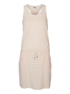 Casual dress from VERO MODA. Perfect for a day at the beach. We love summer!
