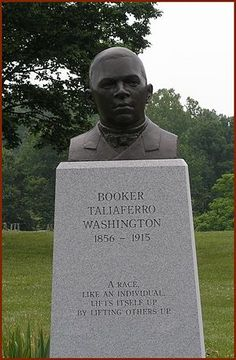 Booker T. African American Leaders, African American History, Family Tree Research, Free Family Tree, History Quotes, Booker T, Monuments, Genealogy, Sculpture Art
