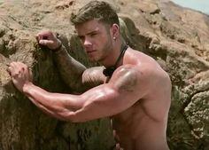 Colin Wayne, on the rocks!