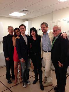 NCIS cast & former showrunner Serie Ncis, Ncis Tv Series, Michael Weatherly, Mark Harmon, Best Tv Shows, Favorite Tv Shows, Ncis New, Ncis Abby, Ncis Characters