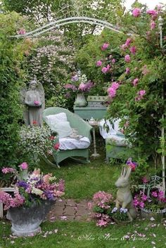 "12 outdoor reading corners that remind you of ""The Secret Garden"" - # remember . - 12 outdoor reading corners that remind you of ""The Secret Garden"" – - Garden Nook, Diy Garden, Garden Cottage, Garden Spaces, Dream Garden, Garden Art, Garden Landscaping, Landscaping Design, Garden Beds"